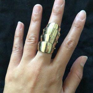 Jewelry - Armor ring